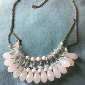 Jewelry - 🌟White & Clear Beaded Statement Necklace 🌟